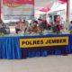 Peluncuran program Jawa Timur Bermasker dipusatkan di kampung tangguh Semeru di perumahan Mastrip, Kecamatan Sumbersari, Jember