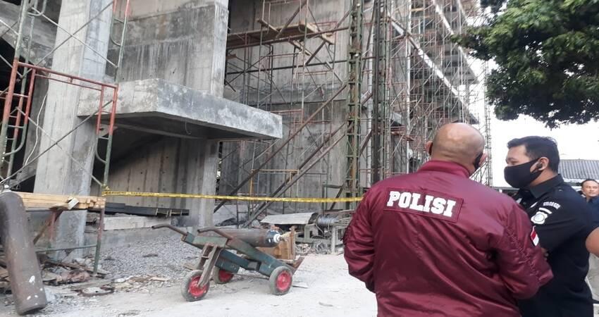 Foto dokumentasi saat petugas Polresta Malang Kota saat melakukan olah TKP di RSI Unisma. (gie)