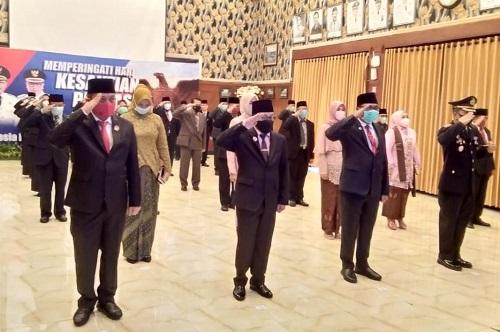 Wali Kota Malang bersama Forkopimda saat melaksanakan upacara peringatan secara virtual.