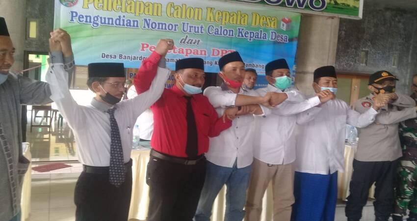 Pengundian nomor urut calon Kepala Desa (Kades) dan penetapan DPT (Daftar Pemilih Tetap) di Balai Desa Banjardowo.