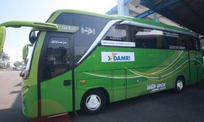 Bus Damri yang melayani trayek Sendang Biru via Balekambang, titik pemberangkatan di Pool Damri Jalan Letjen S Parman No 11, Kota Malang.