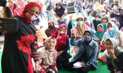 Cabub Jember nomor urut 1, dr Hj Faida MMR saat berkunjung di Dusun Krajan, Kecamatan Jombang-Jember.