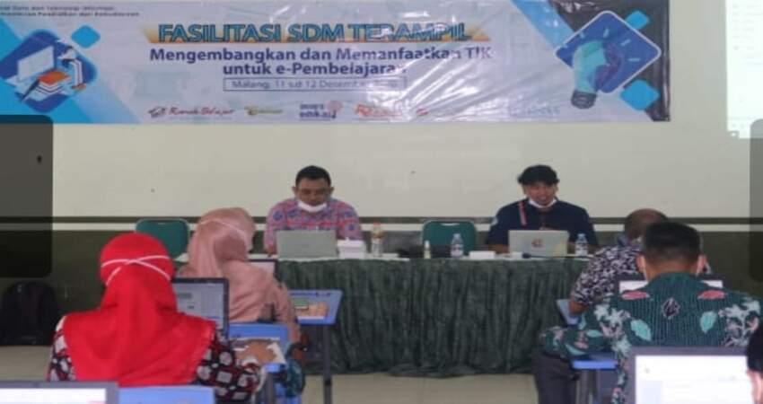 Pusdatin Kemdikbud Latih 30 Guru SMPN Pembuatan BBI