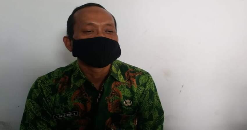 Kepala Sub Bagian (Kasubag) Umum DP3AKB Kabupaten Jember, Anto Budi.ng, Slamet Wijoko.