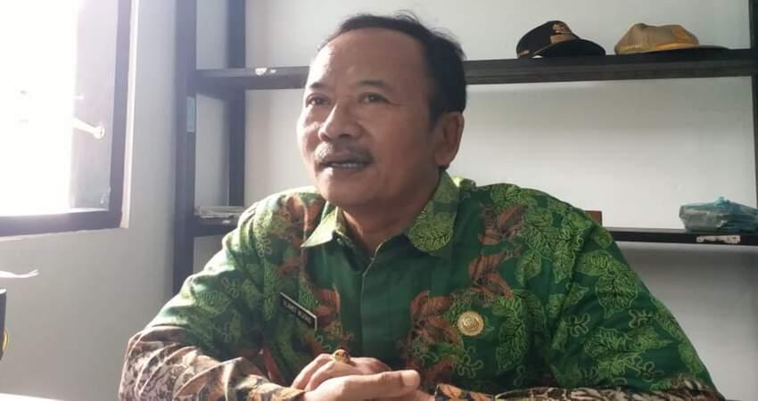 Camat Ajung, Slamet Wijoko.