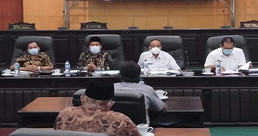 Komisi B Jombang Hearing Pengalokasian dan Distribusi Pupuk, Tahun 2021 Turun Hanya Mendapat Alokasi 55,4 Ton