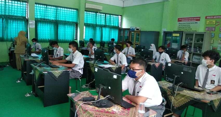 SMK di Situbondo Gelar Pembelajaran Tatap Muka dan Luring
