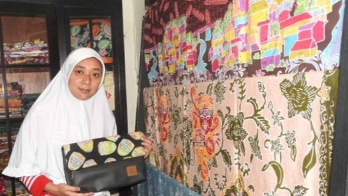 Batik Blimbing Angkat Batik Khas Malangan