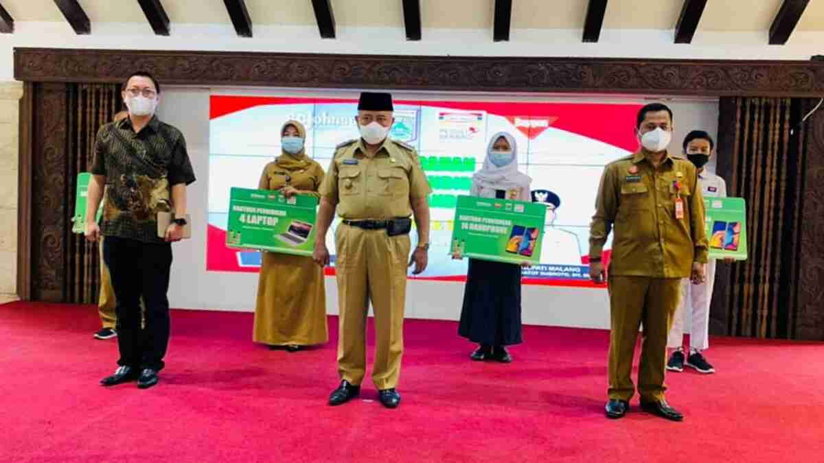 Bupati Sanusi Hadiri Penyerahan CSR PT Indomarco Prismatama
