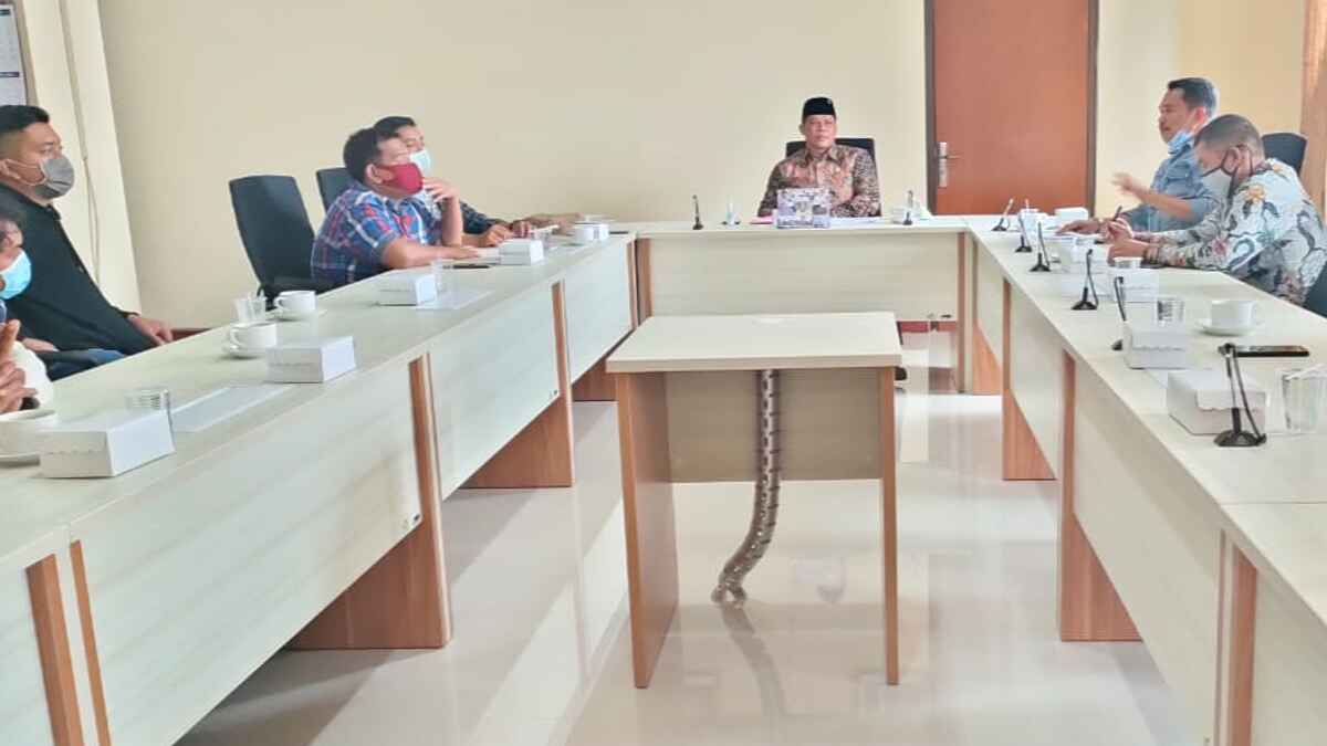 Nawakalam Gemulo Pertanyakan Kejelasan RTRW Batu ke Komisi C