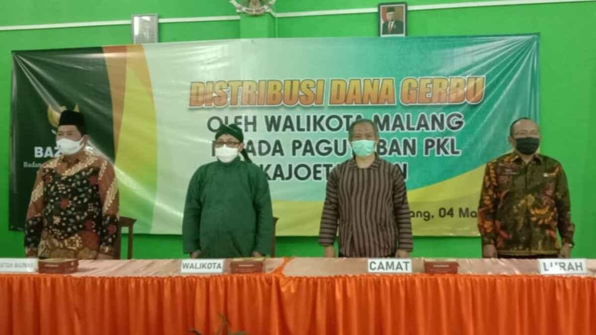 Paguyuban PKL Kajoetangan Digelontor Dana Rp 500 Ribu, Karena Terdampak Penutupan Jalan Saat Pembangunan Heritage