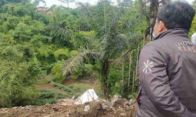 Tiga Rumah di Bumiayu Malang Ambrol ke Ngarai Akibat Cuaca Ekstrem