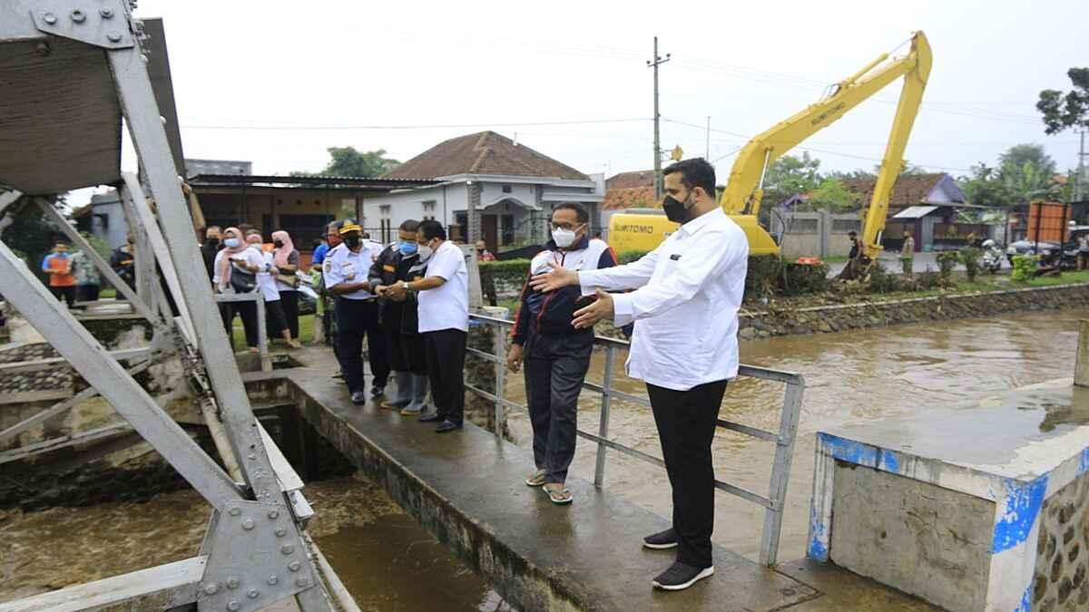 Wali Kota Probolinggo Pantau Sungai dan Pintu Air