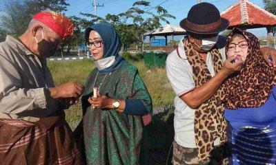 Komunitas Berendam SL Probolinggo Gelar Lomba Suami Merias Wajah Istri di Hari Kartini