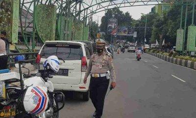 Parkir di Jembatan Siap-Siap Kena Tilang
