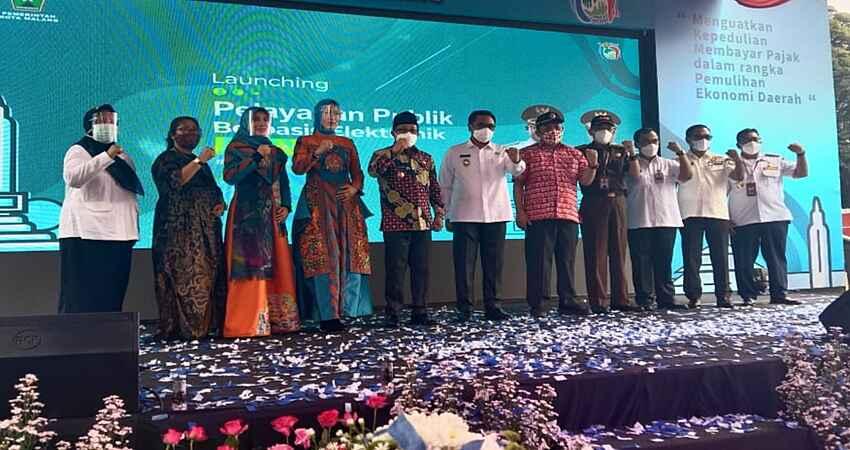 Pelayanan Publik Berbasis Elektronik Milik Tiga OPD Dilaunching Wali Kota Malang