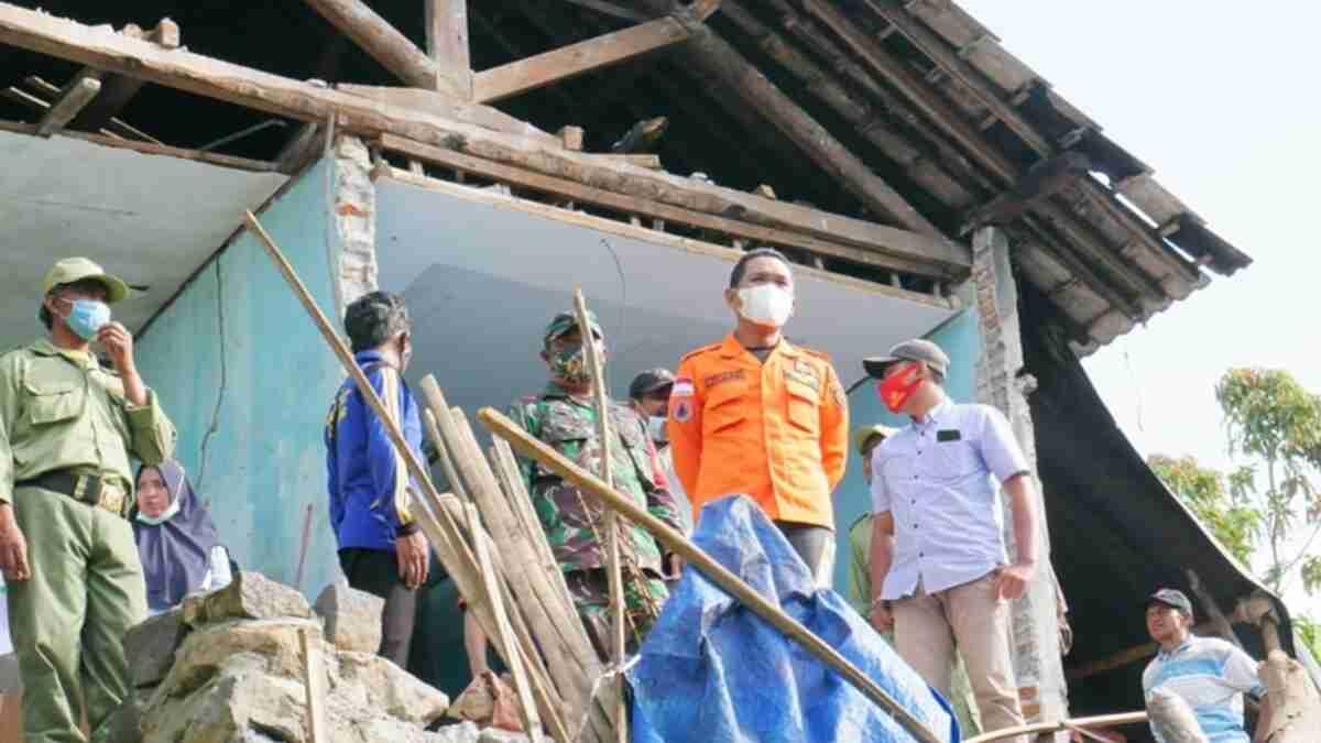 Pemkab Lumajang Bakal Percepat Rekonstruksi Korban Terdampak Gempa