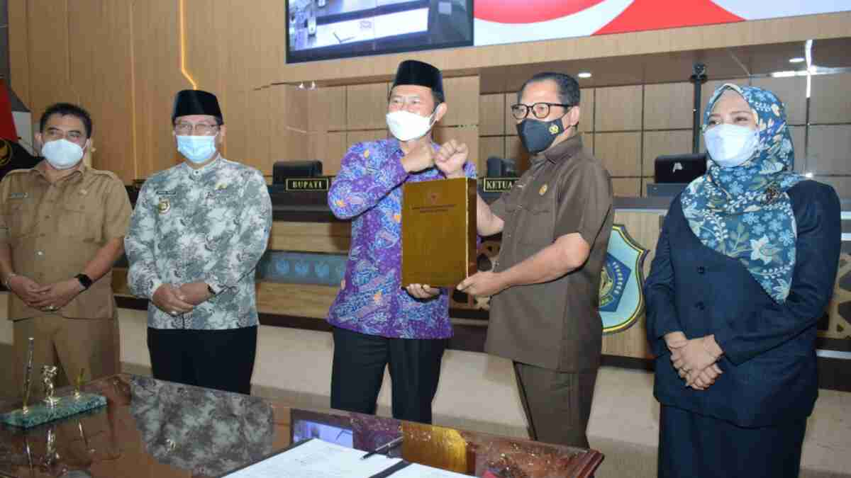 DPRD Lamongan Setujui Raperda Pertanggungjawaban Pelaksanaan APBD 2020
