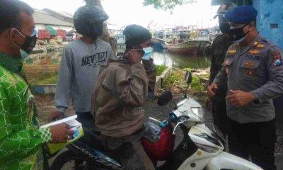Muspika Mayangan Probolinggo Ajak Masyarakat Nelayan Patuh dan Disiplin Prokes
